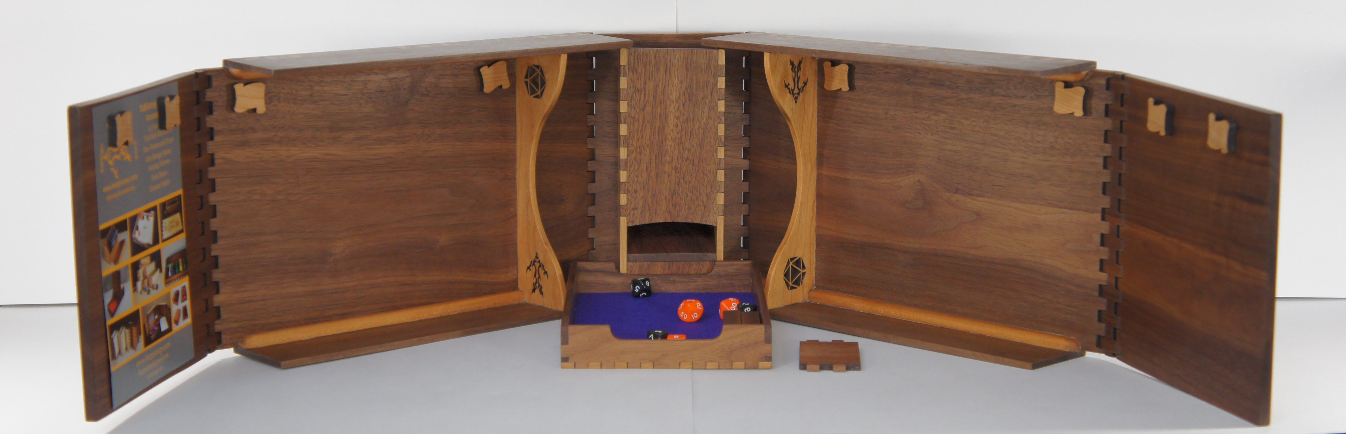 Governor - Dungeon Master/Game Master Screen - Walnut Wood